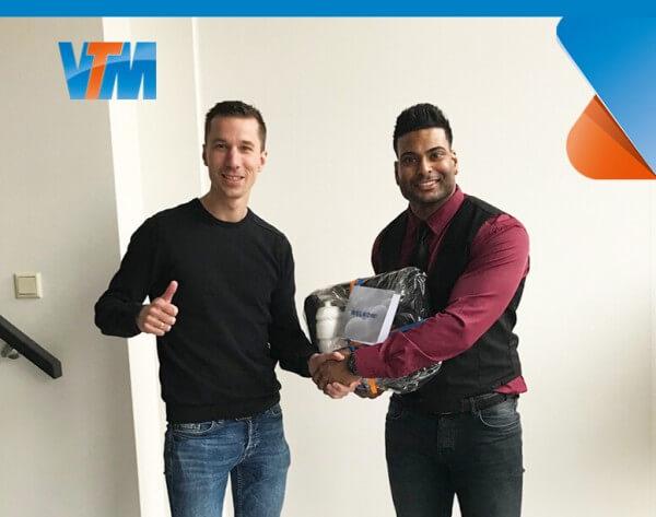 Suradj Bajaj Netwerk en Systeembeheerder VTM ICT operations small